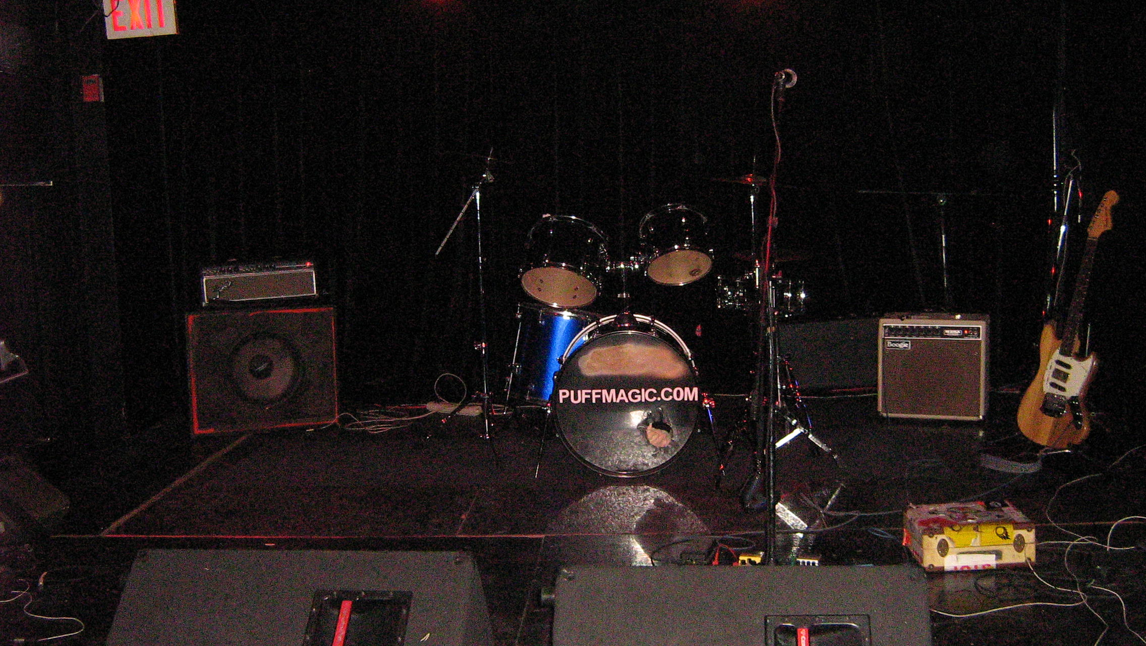 The Loop Band stage image